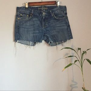 American Eagle frayed jean shorts